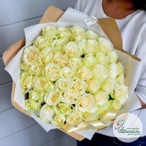 Букет из 101 элитной белой розы Эквадор