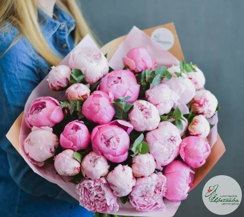 Купить букеты на заказ  Flowershopru
