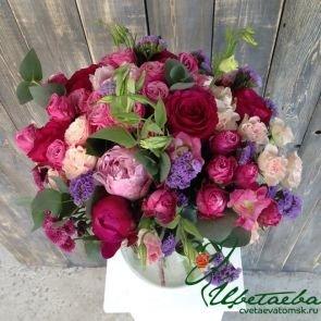 «Мисс Грация» с пионами и розами c доставкой в Томске