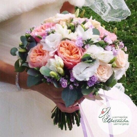 Нежный букет невесты пастельных тонов