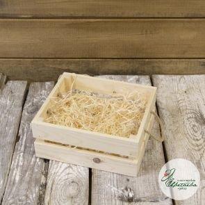 Двухъярусный деревянный ящик с ручками из льна