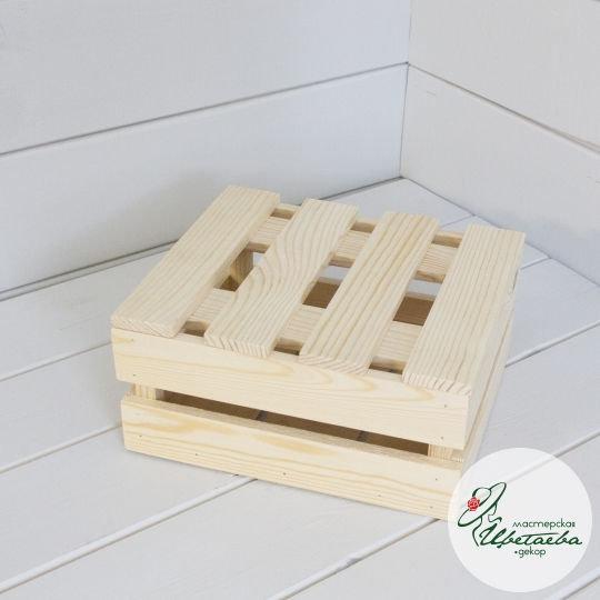 Ящик двухъярусный с крышкой