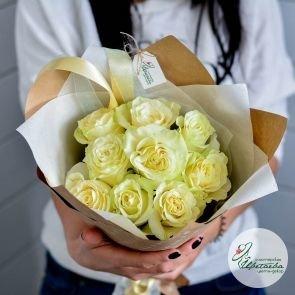 букет из 9 белых роз основная