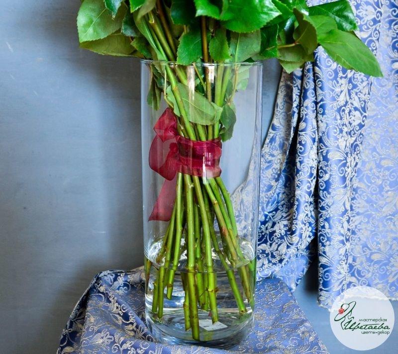 ваза с цветами макро