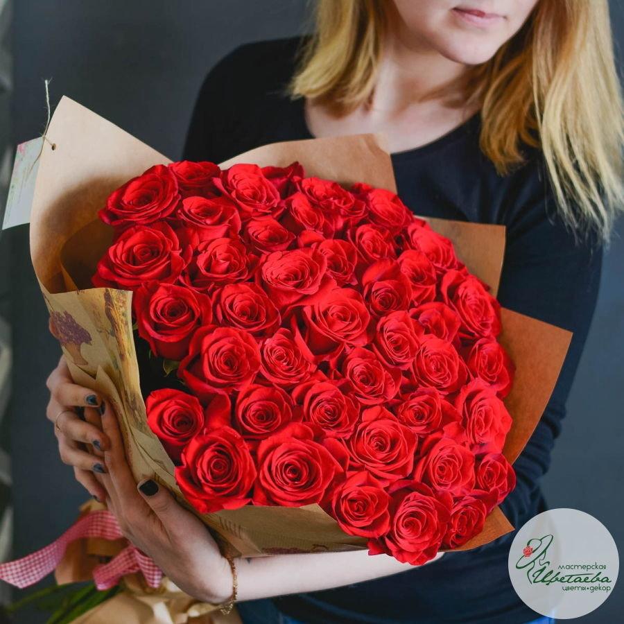 Букет из 51 элитной красной розы Эквадор c доставкой в Томске