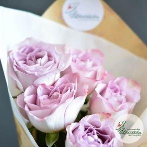 Букет из 5 одиночных роз c доставкой в Томске