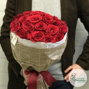 Букет из 25 элитных красных роз Эквадор