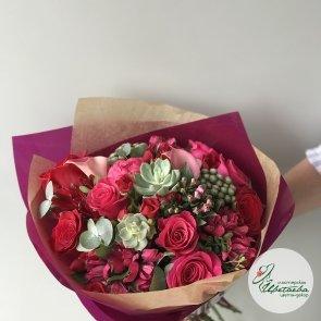Дополнительные фотографии к товару - Букет «Кармен» с красными цветами