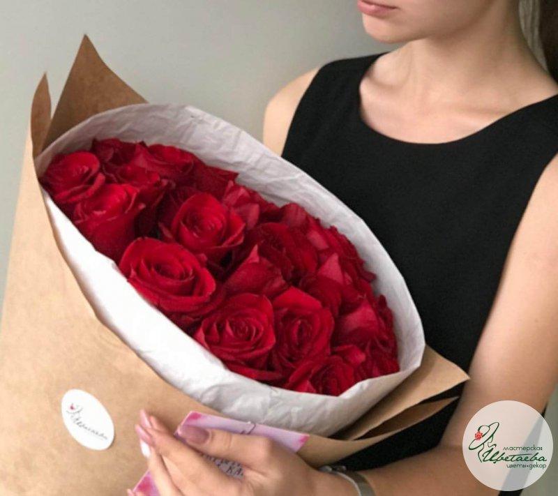 Большие букеты цветов роз - 51 шт
