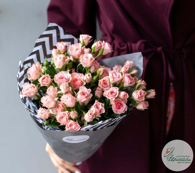 17 кустовых роз