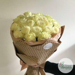 Большой букет белых роз - 25 шт