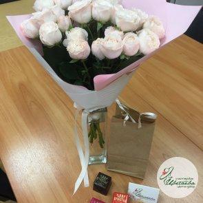 5 кустовых роз c доставкой в Томске