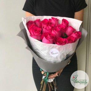 15 голландских роз c доставкой в Томске