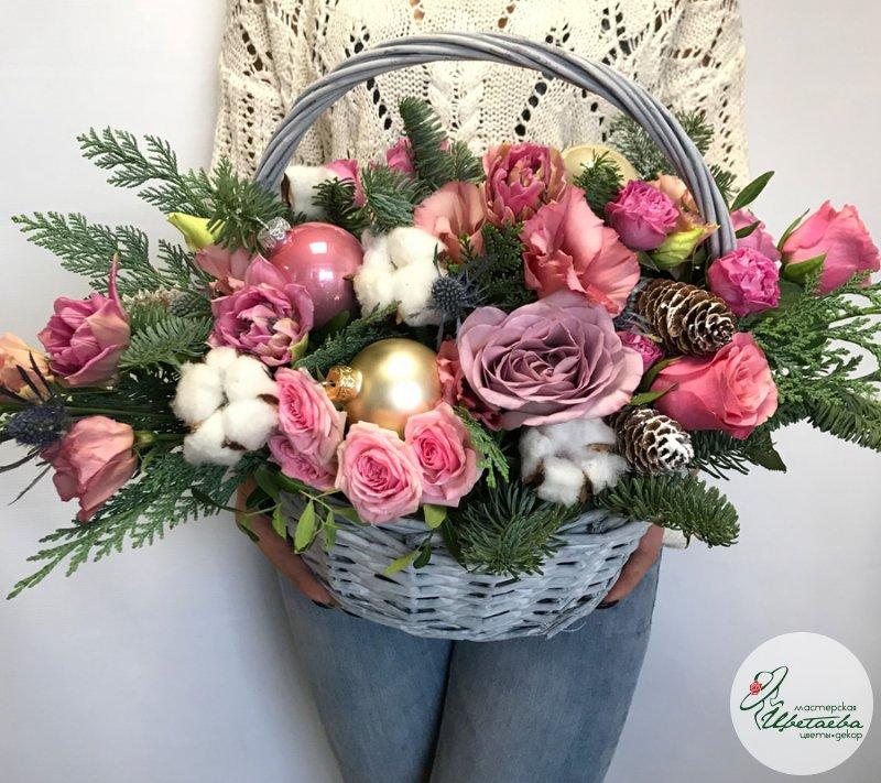 Новогодние корзины из цветов
