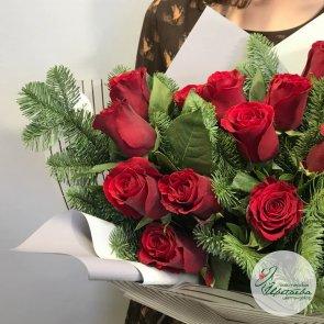 Новогодние букеты из роз c доставкой в Томске
