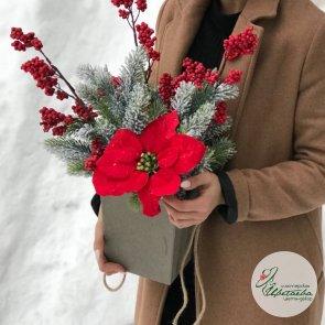 Новогодний букет на ресепшн c доставкой в Томске