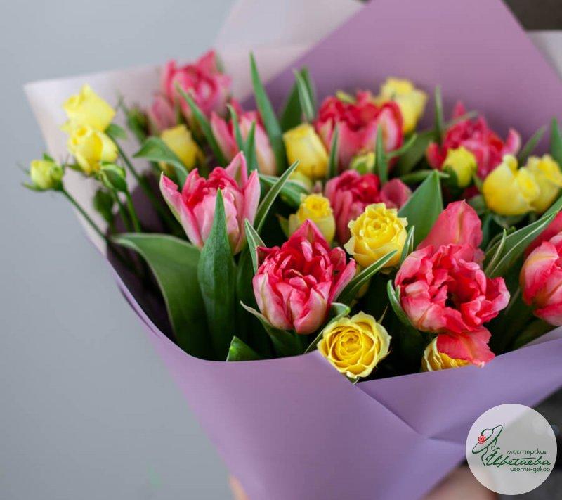 Как собрать букет на 8 марта - нюансы от службы доставки цветов